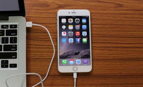 reset-iphone-bang-may-tinh